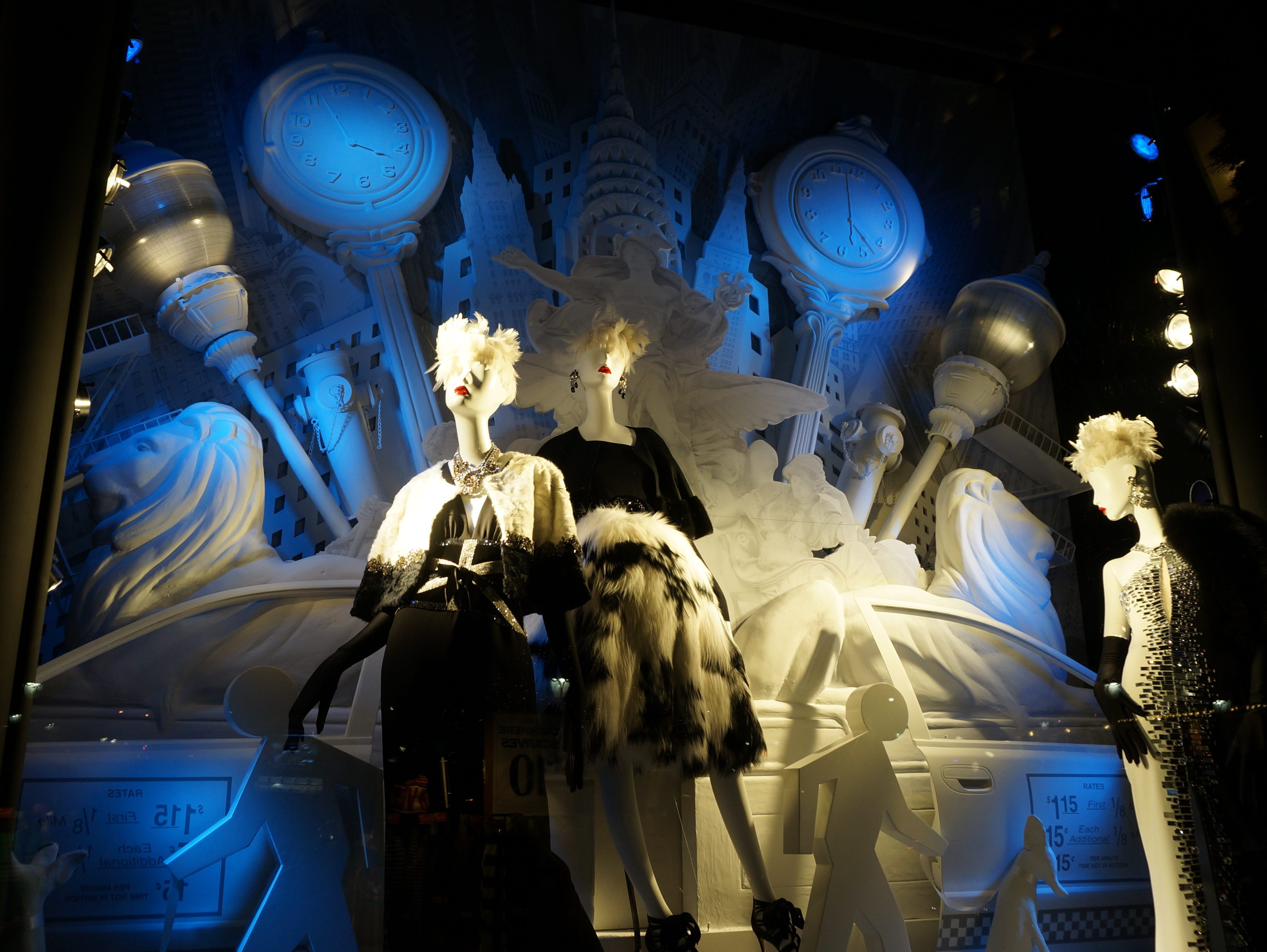 New York Cliché of the Day: Bergdorf Goodman Holiday Windows are ...