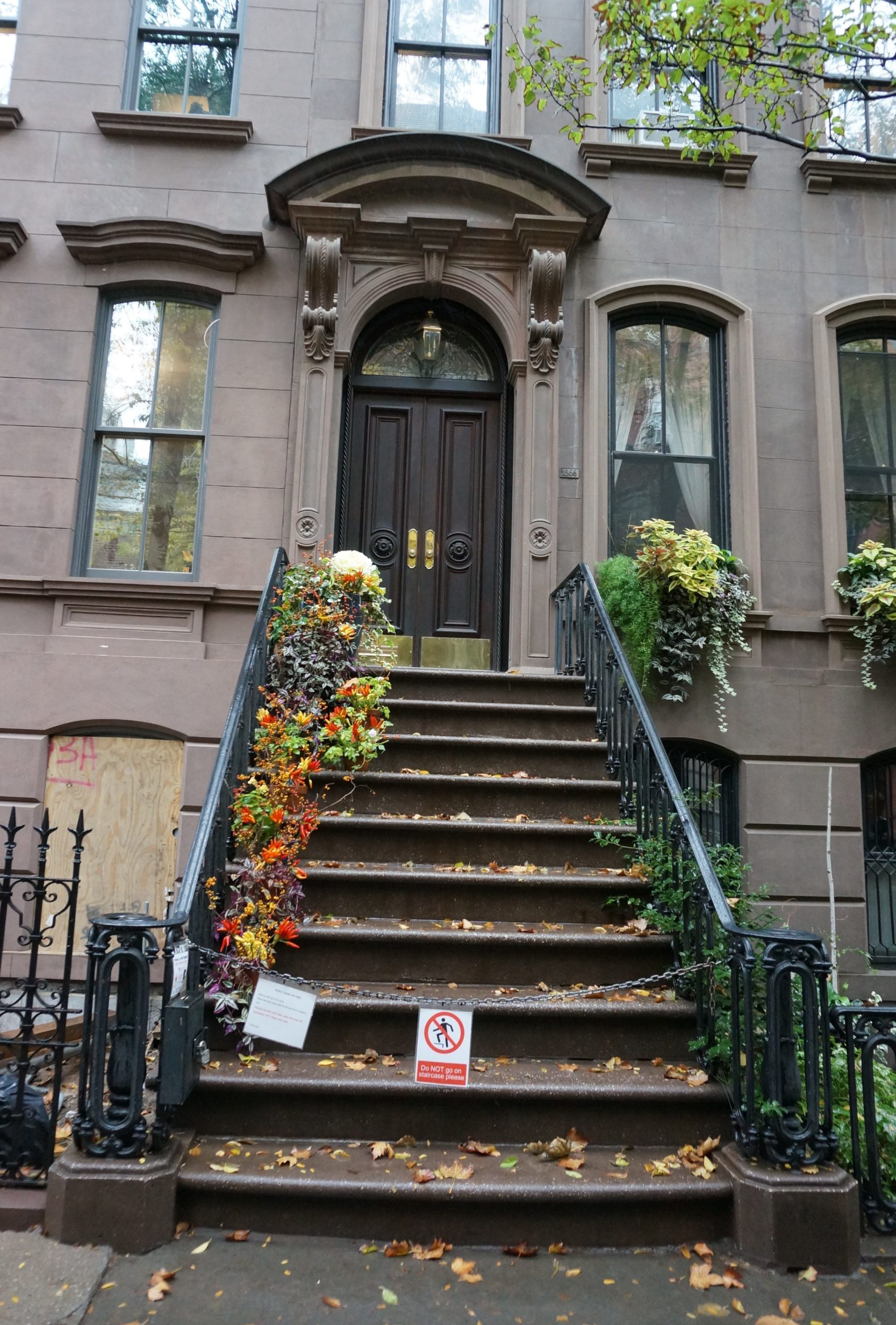 Clich The Day Street Where Carrie Bradshaw Lives New York